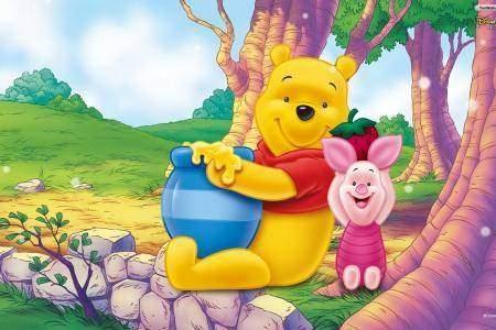 Pooh Bear vs. Piglet